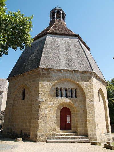 Montmorillon l octogone route des abbayes et monuments du haut poitou guide du tourisme de la vienne