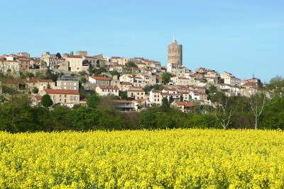 Montpeyroux les plus beaux villages de france routes touristiques du puy de dome guide touristique auvergne