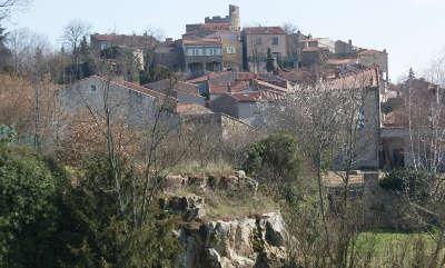 Montpeyroux plus beau village de france routes touristiques du puy de dome guide touristique auvergne