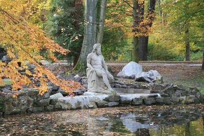 Munster statue de neptune uvre du sculpteur landolin ohmacht guide du tourisme du haut rhin alsace