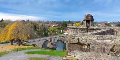 Navarrenx route du pays basque et bearn routes touristiques pyrenees atlantiques guide du tourisme nouvelle aquitaine