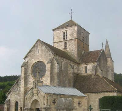 Nuits saint georges eglise saint symphorien routes touristiques en cote d or guide du tourisme en bourgogne