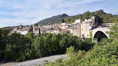 Nyons route des vins de la la drome provencale guide du tourisme de la drome
