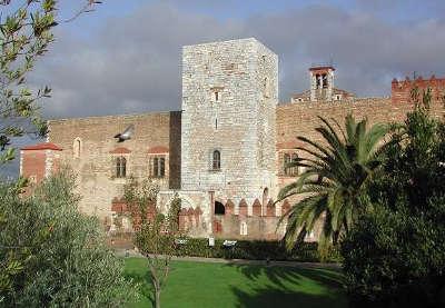Palais des rois de majorque route en terre catalane guide du tourisme des pyrenees orientales