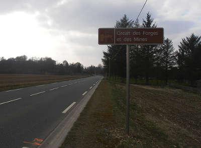 Panneau de la route des forges et mines guide du tourisme de l orne normandie