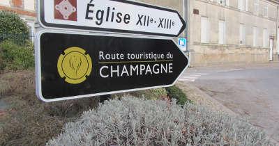 Panneaux route touristique du champagne cote des bar
