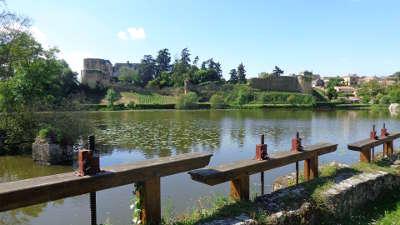 Passavant sur layon route des vins d anjou patrimoine du haut layon guide du tourisme de maine et loire