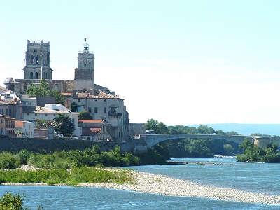 Pont saint esprit route des vins de pont esprit a saint victor guide du tourisme du gard