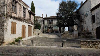 Pujols le haut les plus beaux villages de france routes touristiques lot et garonne guide du tourisme nouvelle aquitaine 1