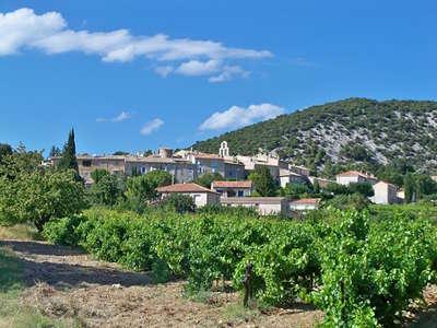 Rousset les vignes route des vins de la la drome provencale guide du tourisme de la drome