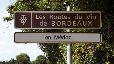 Route du vin du medoc route des vins de bordeaux route des chateaux guide du tourisme de la gironde aquitaine