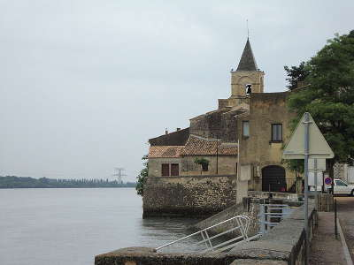 Saint etienne des sorts route des vins de pont esprit a saint victor guide du tourisme du gard