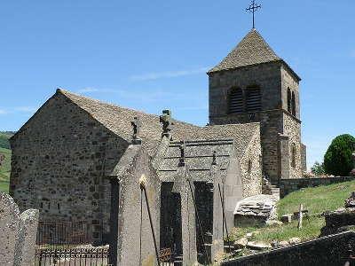 Saint floret plus beaux villages de france l eglise du chastel routes touristiques du puy de dome guide touristique auvergne