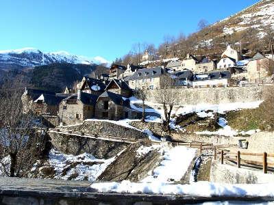 Saint lary soulan la route des cols des pyrenees guide touristique des hautes pyrenees