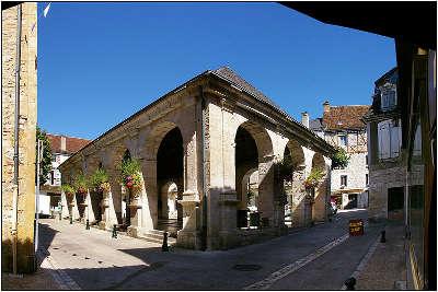 Souillac route touristique de pierre et d eau plus beau village de france guide touristique du lot midi pyrenee