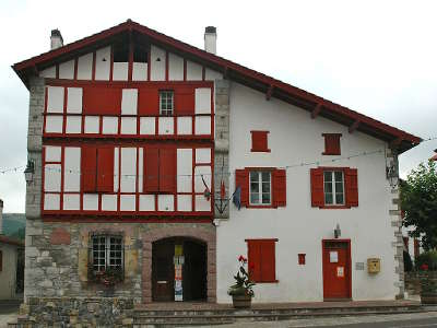 Souraide mairie routes touristiques des pyrenees atlantiques guide du tourisme nouvelle aquitaine
