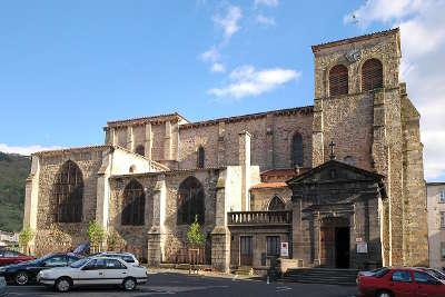 Thiers eglise saint genes a thiers routes touristiques du puy de dome guide touristique auvergne
