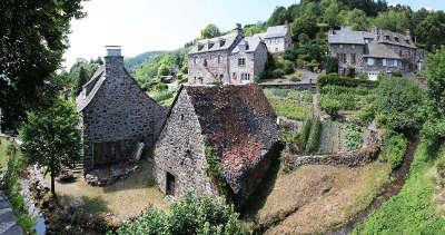 Tournemire plus beaux villages de france routes touristiques du cantal guide touristique auvergne