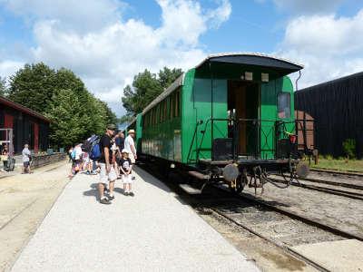 Train touristique dans les landes guide touristique