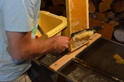 Un ecrin de miel la route des savoir faire de l oisans guide de tourisme de l isere rhone alpes