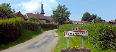 Village de camembert route du camembert guide du tourisme de l orne normandie