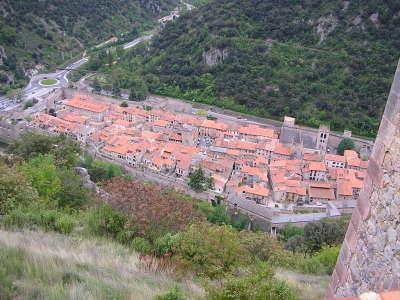 Villefranche de conflent route en terre catalane guide du tourisme des pyrenees orientales