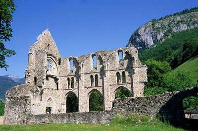 Abbaye d aulps routes touristiques de haute savoie guide du tourisme de rhone alpes