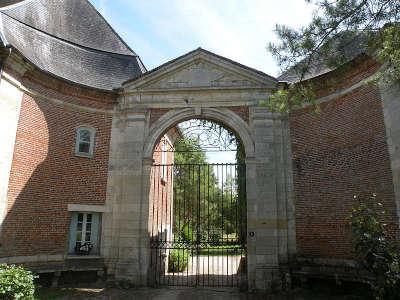 Abbaye de beaupre achy routes touristique de l oise guide du tourisme de picardie 1