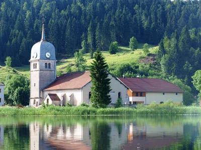 Abbaye de grandvaux routes touristiques du jura guide du tourisme de franche comte