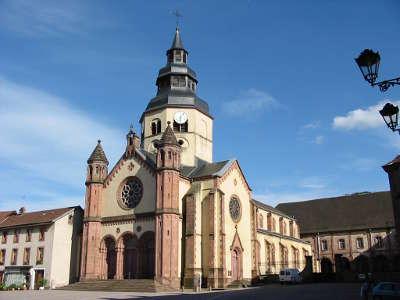 Abbaye saint pierre de senones routes touristiques des vosges guide du tourisme de la lorraine