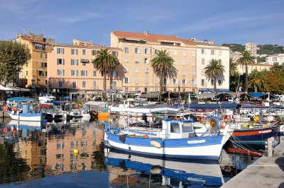 Ajaccio ville d art et d histoire le port routes touristiques en corse du sud guide du tourisme de la corse