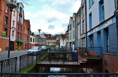 Amiens ville d art et d histoire maisons du quartier saint leu routes touristique de la sommes guide touristique de picardie
