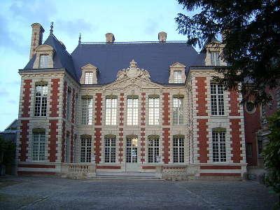 Amiens ville d art et d histoire musee de l hotel de berny routes touristique de la sommes guide touristique de picardie