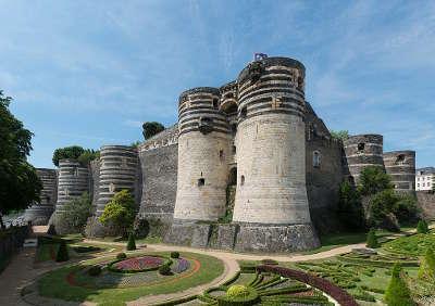 Angers le chateau routes touristiques de maine et loire guide du tourisme du pays de la loire