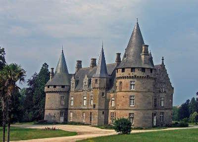 Antrain le chateau de bonnefontaine route touristique de l ille et vilaine guide du tourisme de bretagne