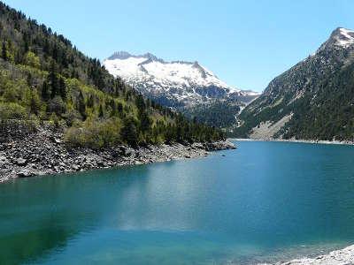 Aragnouet le lac d oredon routes touristique des hautes pyrenees guide du tourisme midi pyreneess