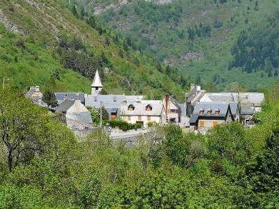 Aragnouet routes touristique des hautes pyrenees guide du tourisme midi pyreneess
