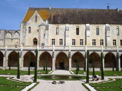 Asnieres sur oise abbaye de royaumont routes touristiques du val d oise guide du tourisme d ile de france