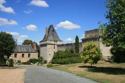 Aubigne sur layon petite cite de caractere chateau d aubigne sur layon routes touristiques de maine et loire guide du tourisme du pays de la loire