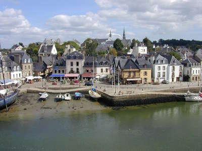 Auray le port de saint goustan routes touristiques dans le morbihan guide du tourisme en bretagne
