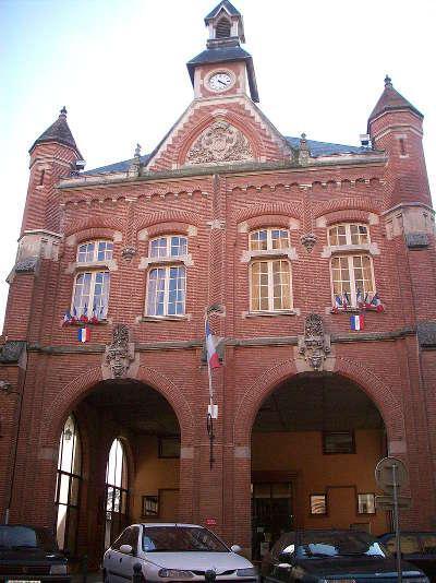 Auterive la mairie routes touristiques de hautes garonnes guide du tourisme midi pyrenees