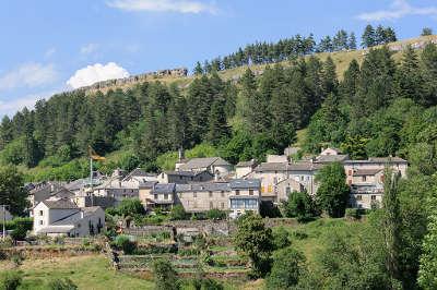 Barre des cevennes routes touristique de la lozere guide du tourisme du languedoc roussillon