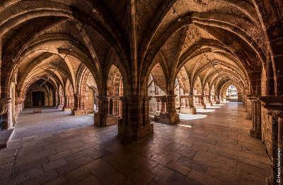Basilique saint pierre luxeuil les bains routes touristiques de hautes saone guide touristique franche comte