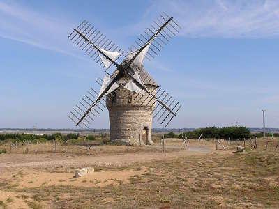 Batz sur mer petite cite de caractere le moulin de la falaise route touristique de loire atlantique guide du tourisme des pays de la loire