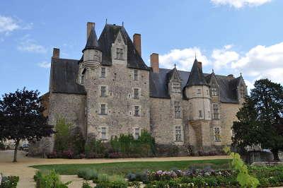 Bauge en anjou plus beau detours chateau de bauge routes touristiques de maine et loire guide du tourisme du pays de la loire