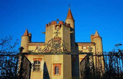 Beaumont sur leze le domaine de ribonnet routes touristiques de hautes garonnes guide du tourisme midi pyrenees