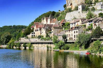 Beynac et cazenac routes touristiques de la dordogne guide du tourisme de nouvelle aquitaine