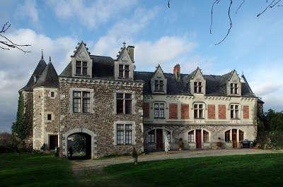 Blaison gohier village de charme le chateau routes touristiques de maine et loire guide du tourisme du pays de la loire