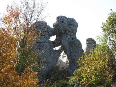 Bois de paiolive site naturel l ours et le lion routes touristiques de ardeche guide du tourisme du rhone alpes