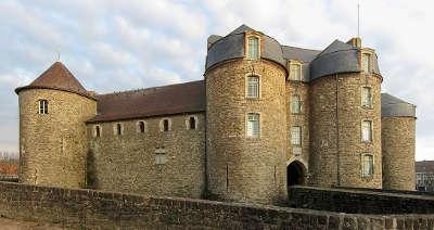 Boulogne sur mer le chateau d aumont routes touristiques du pas de calais guide touristique nord pas de calais